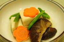 料理例11:高野豆腐含め煮