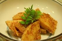料理例8:筍の直がつお煮・炒ガツオの風味がたまりません。