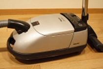 掃除機:ドイツ・ミーレ社製。活性炭フィルター使用でクリーンな排気