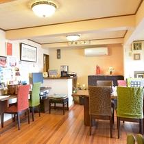 *まほろばカフェ フロントはこちら!観光情報は女将さんからGETできます。