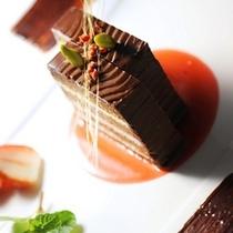 シェフ特製桜のロールケーキ