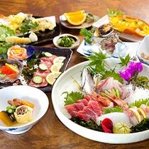 (夕食)佐賀牛たたき、伊勢海老、サザエ、刺身盛りのボリューム満点会席