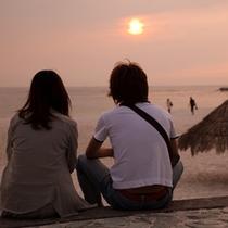 (周辺観光)二人で眺める白良浜の夕日