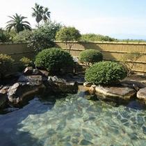 良質な湯を誇る-露天風呂