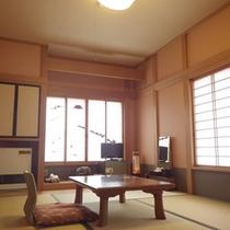 *【客室例】畳のお部屋でのんびりお過ごし下さい。