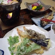 *【夕食例】山菜や川魚等自然の恵みをいただきます。