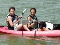 浜名湖でカヌーもいいですね。ワンちゃんも一緒♪