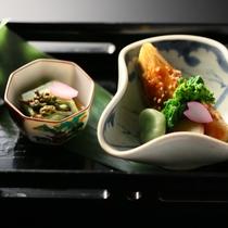 ■春の前菜一例。よもぎ豆腐、筍の甘味噌焼き