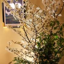◆館内を彩る生け花