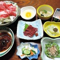 *【夕食/一例】さくら刺しや鯉の煮つけなど、福島の食材をご堪能ください。