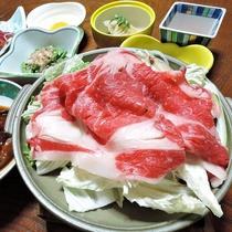 *【夕食/一例】すき焼きも好評を頂いております。