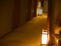 大浴場へと続く回廊