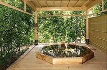 本館 露天風呂付特別室Ⅱ 檜風呂