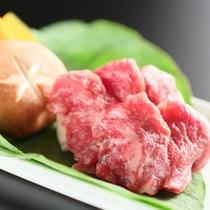 *【別注料理】/オプションで頼める「頸城牛(くびきぎゅう)陶板焼き」は、最上級のA5ランク牛をご用意