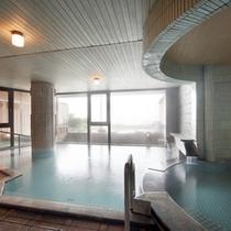 *【大浴場】24時間入浴可能!お湯は贅沢に源泉かけ流しです