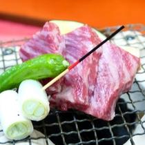 *【太閤松茸会席】/頸城牛の炭焼き:松茸と共に、新潟産の和牛「頸城牛」の旨味をご堪能ください