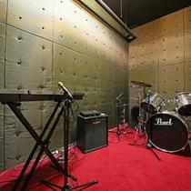 *【音楽スタジオ『La-Cosa-Nostra』】B2F