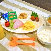 *【朝食】キッズプレート(一例)/小学生以下のお子様には、お子様プレートをご用意致します。