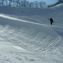 【スキー場*ハーフパイプ】