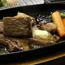 【和牛ステーキ一例】旬の会席料理とあわせて、ボリューム満点なお食事をお楽しみください。
