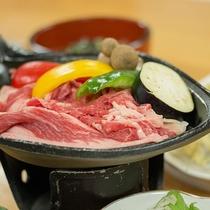 *[夕食一例]旨味たっぷり!しっかりとした食感と赤身の多いヘルシーな「いわて短角和牛」
