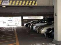 駐車場 一泊500円でご利用できます。(15-翌10迄)