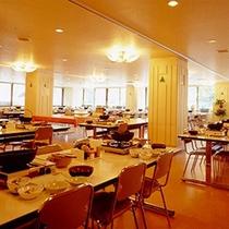 *【館内/食堂】夕朝のお食事はこちらでどうぞ。※季節により別のお食事処となる場合もございます。