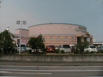 ■サントムーン柿田川店