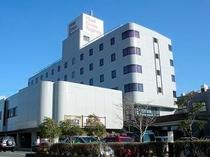 ■ ホテル全景
