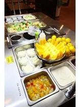 ■朝食バイキング フルーツ&サラダバー