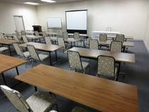 ■ミーティングルーム(スクール形式)