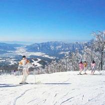 スキージャム勝山・・・お車で(約30分)