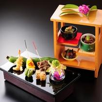 板長のこだわり 美味しいものを、適度なタイミングで。繊細な素材の味を活かしながら、優美な膳に・・