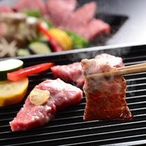 素材の美味しさを十分にいかした調理法と極上のステーキたれでご飯がすすみます!