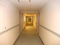 1フロアーに客室は最大36室。団体でも1フロアーでご宿泊が可能です。
