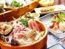 料理〜桶盛り刺身アップ・斜め(600×450)