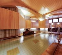 地下一階大浴場「お宮」の全体の雰囲気です。