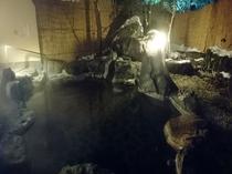 露天風呂(夜)