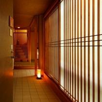 【プレミアム木涌館】メゾネットタイプ。1階部分は和室、2階部分はツインベッドルーム。