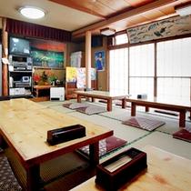 *大広間/お食事会場はこちらになります。ごゆっくりとお楽しみください。