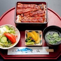 *うな重定食/ふっくらとした鰻!ご飯が進みますね♪