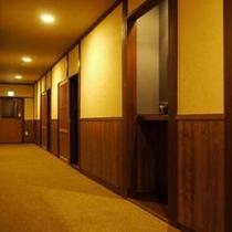 もみじ館廊下