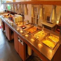 【朝食】和洋中お好きなものをご自由にお取りください☆ ※料理一例