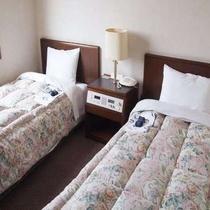 【ツイン】ゆったりとしたツインルームは松山観光にぴったり♪