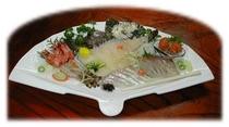 赤貝とオコゼ刺身盛合わせ例