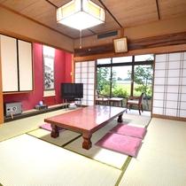 *【新館和室】8~10畳のお部屋。窓からはのどかな田園風景が。ホッと和むことができるお部屋です。