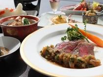 ご夕食のメイン料理は県産牛ロースト 山菜卸ソース♪