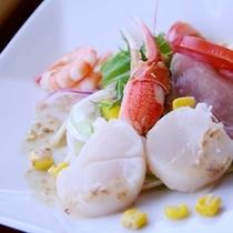 【ご夕食一例】 海鮮シーフードサラダ