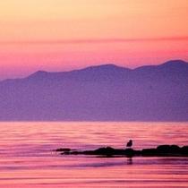 空と海を染める夕焼けは一見の価値あり!!
