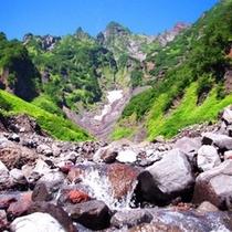 島に沢山の恵みをもたらしてくれる利尻富士は、見る場所によって様々な表情を見せてくれます。